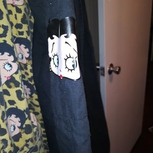 Sz medium scrub pant and matching top betty boop